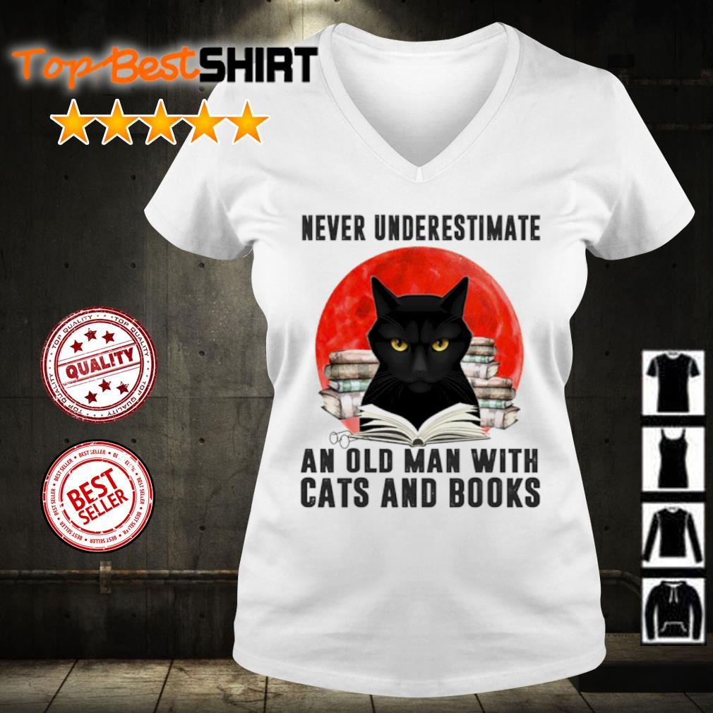 Never underestimate an old man and old man with cats and books s v-neck-t-shirt